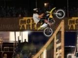 Play Moto X Arena Extreme